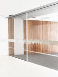 Lineární centrální posuvné automatické dveře