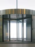 Kruhové a obloukové posuvné automatické dveře