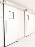 Hermetické automatické dveře